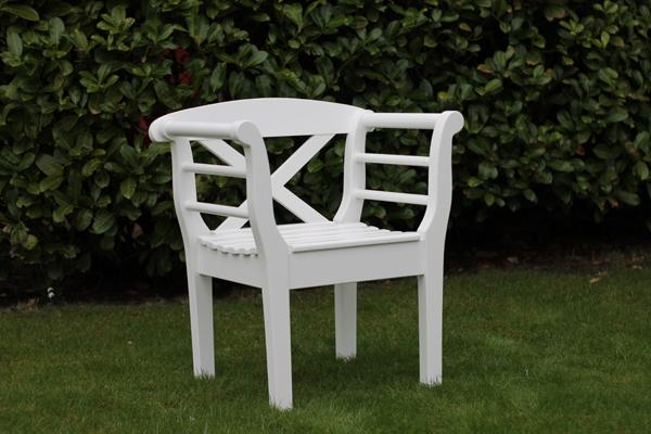 friesenbank wei massiv 2 sitzer f r angenehmen. Black Bedroom Furniture Sets. Home Design Ideas